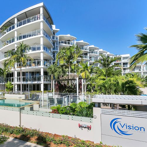 Contact Us Vision Cairns Luxury Apartments On The Cairns