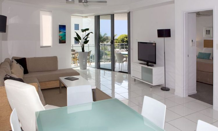 2 Bedroom Deluxe Open Plan Living Vision Cairns Apartments