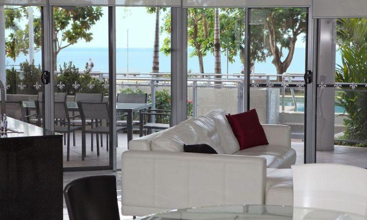 Coral Sea View Vision Cairns Holiday Apartments
