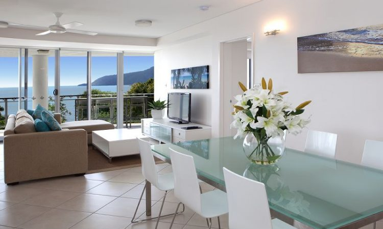 Vision Cairns Holiday Accommodation Lounge